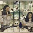 横山芙実:THAT HOUSE - 私には双子の兄がいる。家族を含む周囲の人間には性別然り、性格も行動もすべて対をなしているように見えるらしい。しかし、彼と私はどうしようもなくよく似ている。2人だけがそれを知っている。宮崎県生まれ  2012 「Sunday展」東京 下北沢 スペーススプラウト 2012 「ピンクリボン女子美アート作品展」東京 新宿 コニカミノルタプラザ 2012 女子美奨励賞受賞 2013 「HOTサンダルプロジェクト2013」参加 / 展示「未来の収穫祭'13」香川県丸亀市 2013 「五美術大学交流展2013」 2013 「六つ星展」東京 代官山 アップステアーズギャラリー 2014 「さすらいの日本画展」銀座 ゆう画廊 ・ 横浜 吉田町画廊 巡回展【2040×2390mm/アートクロス、岩絵具、箔】