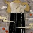 横山芙実:裏庭のかかし - 人間は姿形や精神において、普通とは異なるものに恐怖心を抱かずにはいられないし、それを隠すこともできない。私たちがそういった感情を抱き抱かれる事を、ただ肯定するために絵を描いている。【寒冷紗、岩絵具/1940×970㎜】 宮崎県出身 2012 女子美奨励賞、2013 未来の収穫祭'13 (丸亀市生涯学習センター)、2015 卒業制作 卒業制作賞 / 東京理科大学マドンナ賞(作品貸出)、2015 東京五美術大学連合 卒業・修了制作展 (国立新美術館)、2015 女子美春展 (art gallery, on the wind) 、2015 佐藤国際文化育英財団 平成27年度 第25期奨学生、2016 女子美術大学大学院美術研究科美術専攻修士課程日本画研究領域 在学中